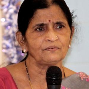 Yoga Lehrende: Prof. Dr. Veena Londhe