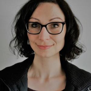Yoga Lehrende: Sabine Hirscheider